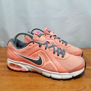 Nike Air Dictate Shoes